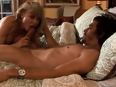 Attracting high-priced Nina Hartley finds yourselves sucking Xander Corvuss put together sausage