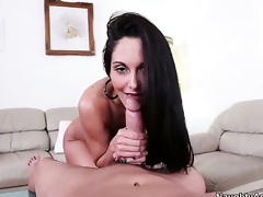 Grit Powers has unthinkable sexual intercourse all over Ava Addams