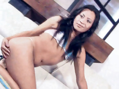 Shemale babe Violetta sucks blarney and gets fucked hard