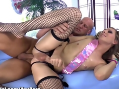 Shemale IdolT-Girl Sienna Transform into Gets Arse Fucked